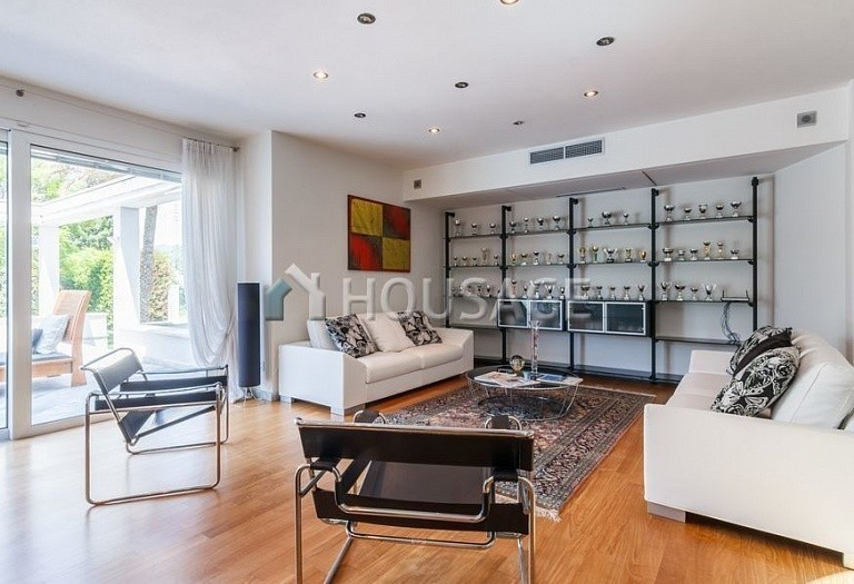 6 bed villa for sale in Forte dei Marmi, Italy, 560 m² - photo 29