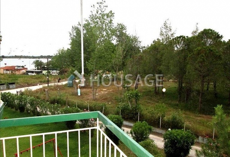 Flat for sale in Vourvourou, Sithonia, Greece, 28 m² - photo 2
