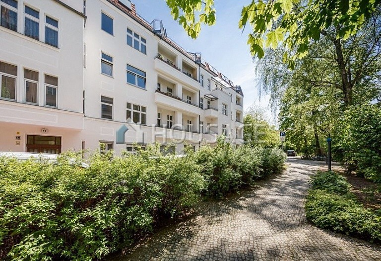 2 bed flat for sale in Neukölln, Berlin, Germany, 104 m² - photo 1