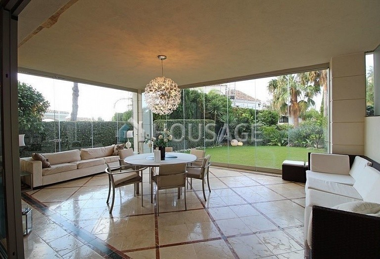 Townhouse for sale in Sierra Blanca, Marbella, Spain, 400 m² - photo 4