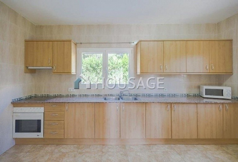12 bed villa for sale in Calpe, Calpe, Spain, 800 m² - photo 4