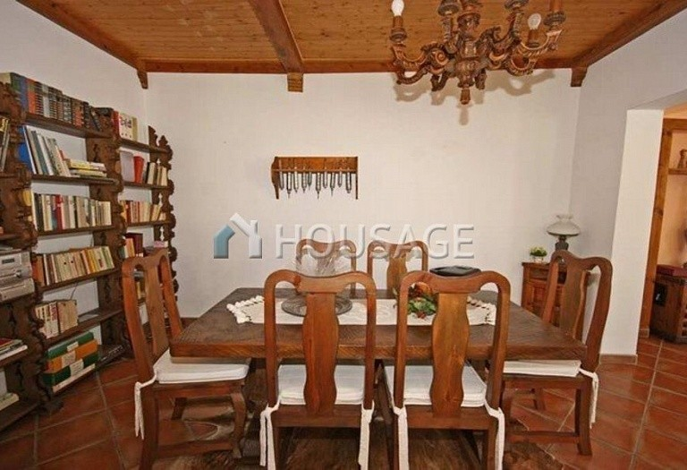 Villa for sale in San Pedro de Alcantara, Spain, 220 m² - photo 5