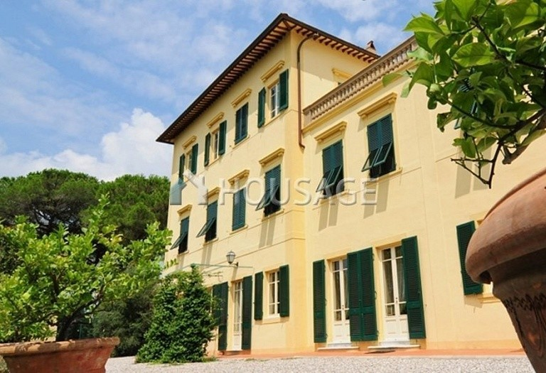Villa for sale in Pisa, Italy, 1300 m² - photo 4