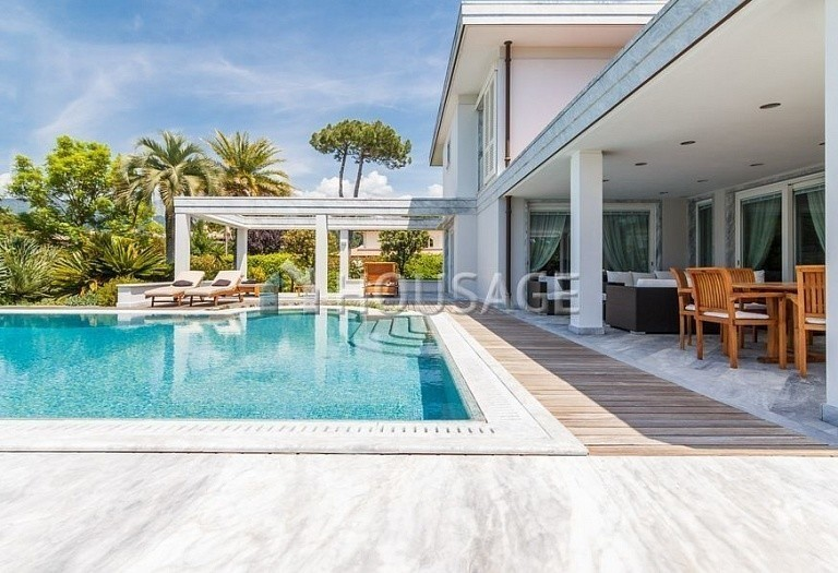6 bed villa for sale in Forte dei Marmi, Italy, 560 m² - photo 47