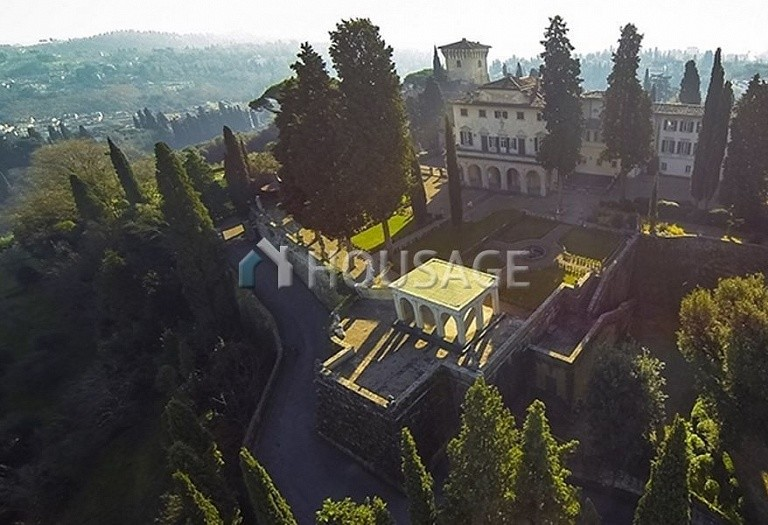 Villa for sale in Florence, Italy, 2347 m² - photo 11