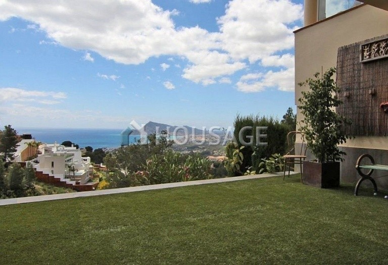 4 bed townhouse for sale in Altea, Spain, 277 m² - photo 1