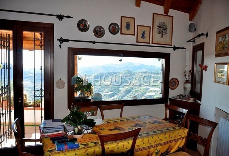 4 bed villa for sale in Vallebona, Italy, 120 m² - photo 10