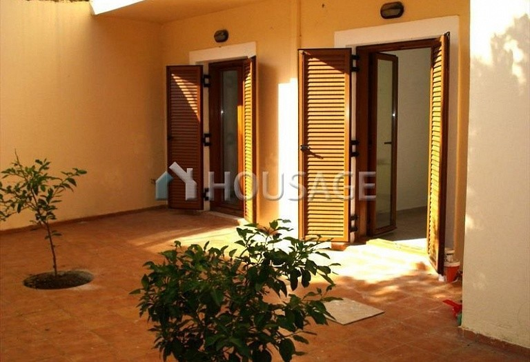 2 bed flat for sale in Rethymno, Rethymnon, Greece, 82 m² - photo 1