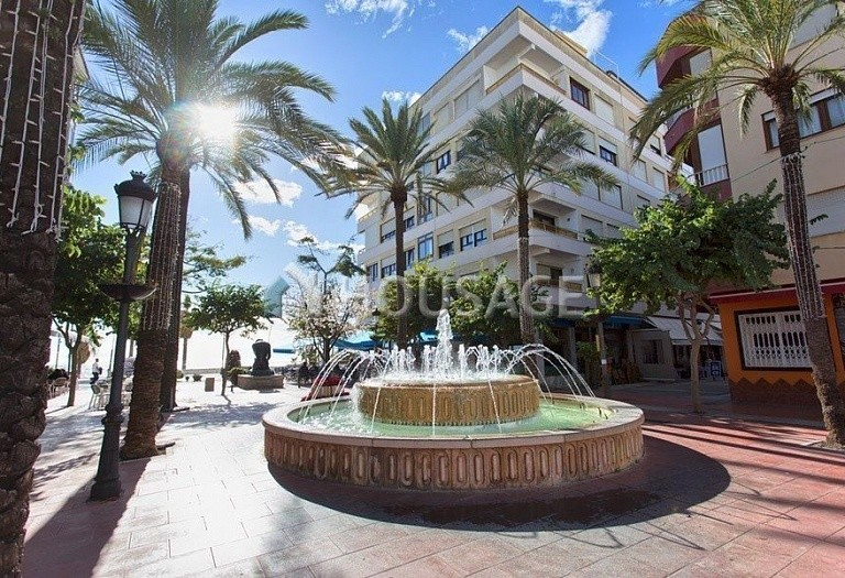Townhouse for sale in Estepona, Spain, 185 m² - photo 1