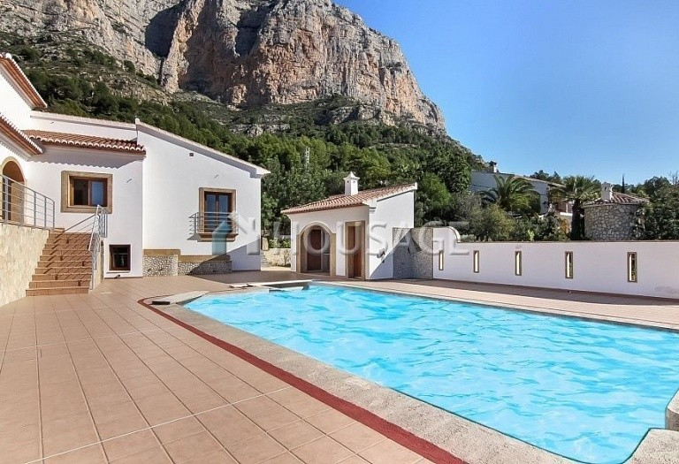 7 bed villa for sale in Javea, Spain, 448 m² - photo 3