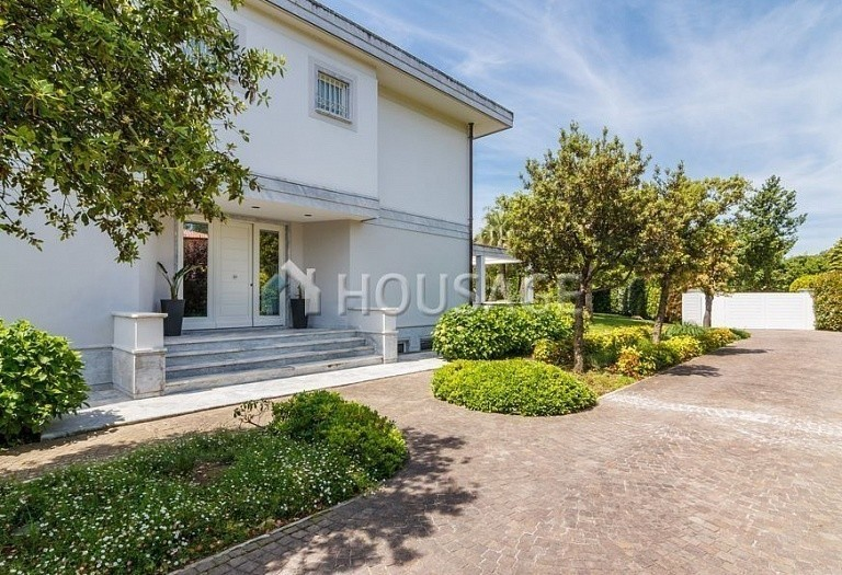 6 bed villa for sale in Forte dei Marmi, Italy, 560 m² - photo 15