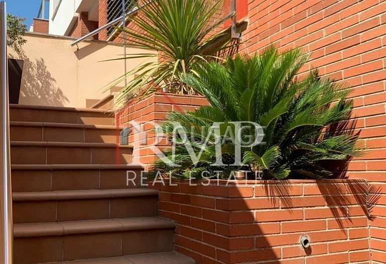 3 bed townhouse for sale in Sant Andreu de Llavaneres, Spain, 252 m² - photo 4