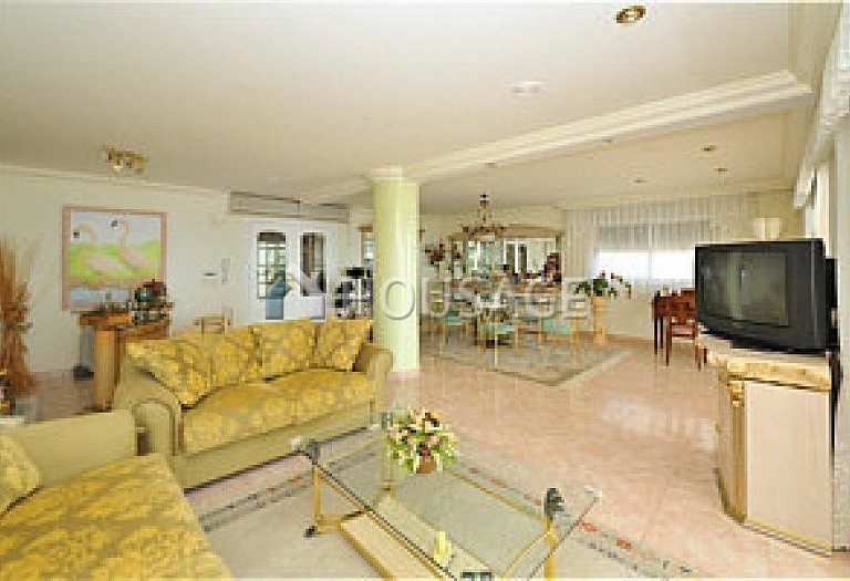 3 bed apartment for sale in Calpe, Calpe, Spain - photo 2