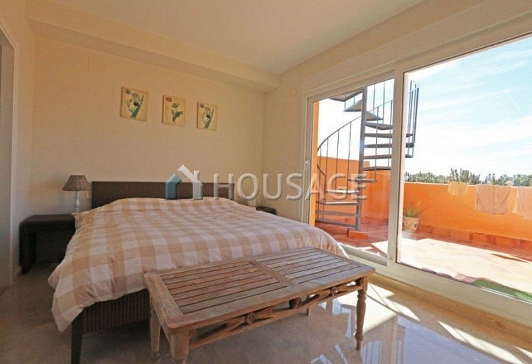 Townhouse for sale in Cabopino, Marbella, Spain, 217 m² - photo 3