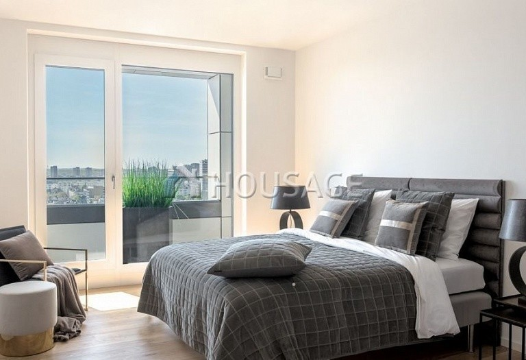 5 bed apartment for sale in Frankfurt, Germany, 347 m² - photo 4