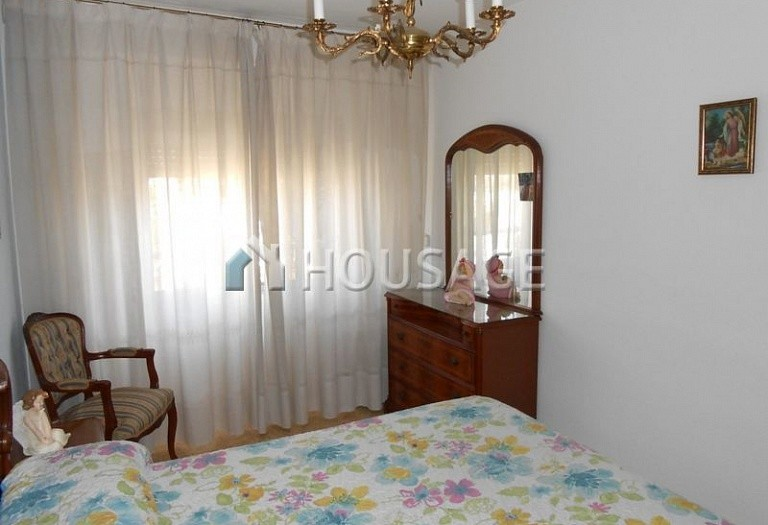 4 bed flat for sale in Manises, Spain, 105 m² - photo 10