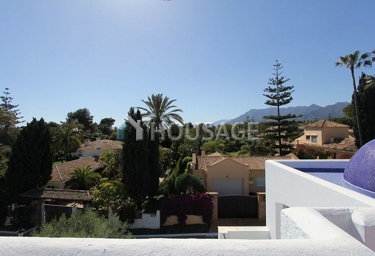 Villa for sale in Los Monteros, Marbella, Spain, 494 m² - photo 18