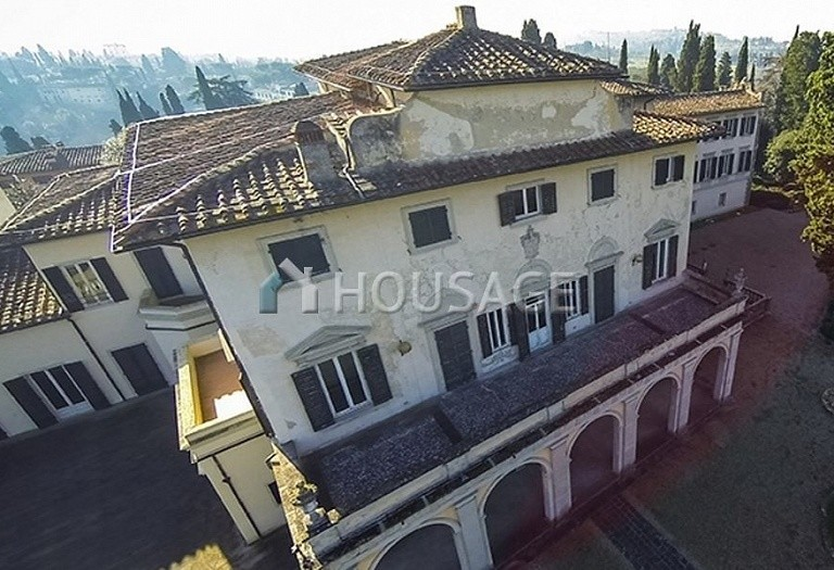 Villa for sale in Florence, Italy, 2347 m² - photo 8