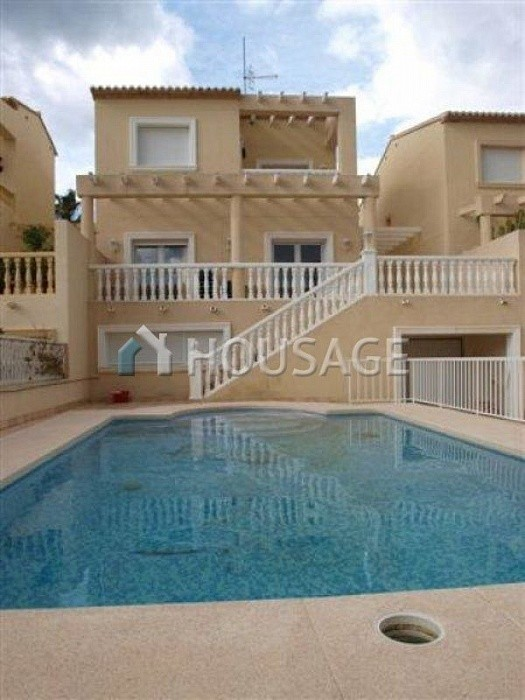6 bed a house for sale in Calpe, Calpe, Spain - photo 1