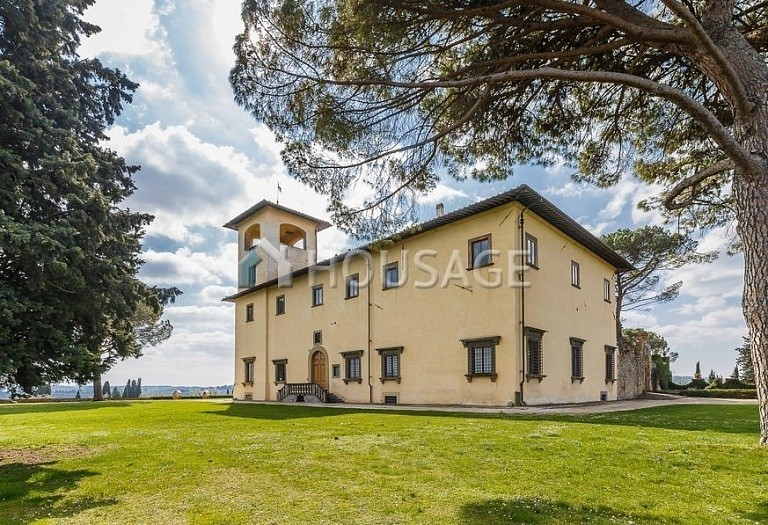 9 bed villa for sale in Florence, Italy, 2800 m² - photo 58