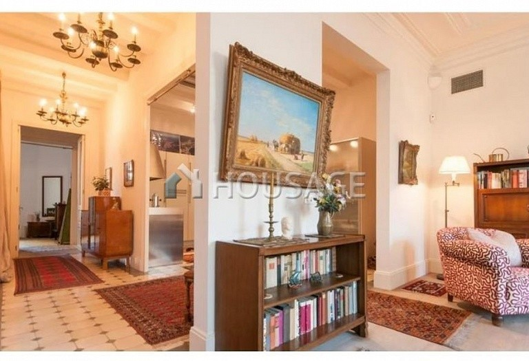 2 bed flat for sale in Eixample, Barcelona, Spain, 169 m² - photo 5