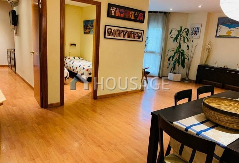 3 bed flat for sale in Eixample, Barcelona, Spain, 100 m² - photo 9