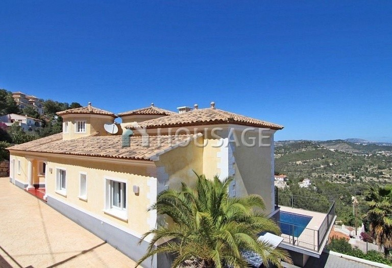 3 bed house for sale in Calpe, Spain, 275 m² - photo 1