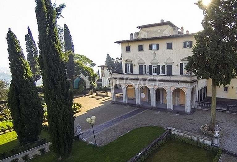 Villa for sale in Florence, Italy, 2347 m² - photo 13