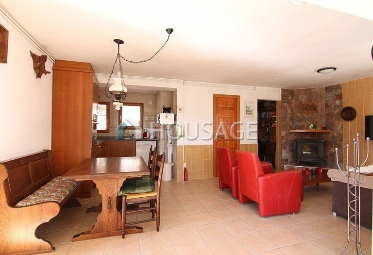5 bed villa for sale in Benisa, Spain, 195 m² - photo 4
