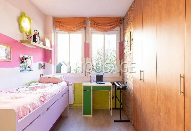 3 bed flat for sale in Sant Joan Despi, Spain, 149 m² - photo 8