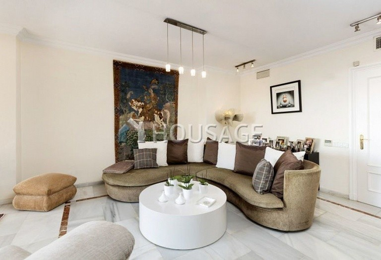 Townhouse for sale in Nueva Andalucia, Marbella, Spain, 324 m² - photo 6