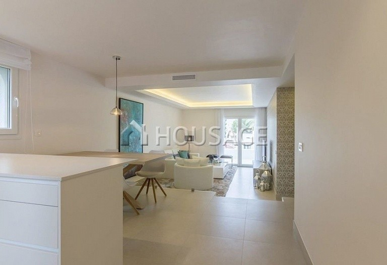 Townhouse for sale in Nueva Andalucia, Marbella, Spain, 134 m² - photo 13