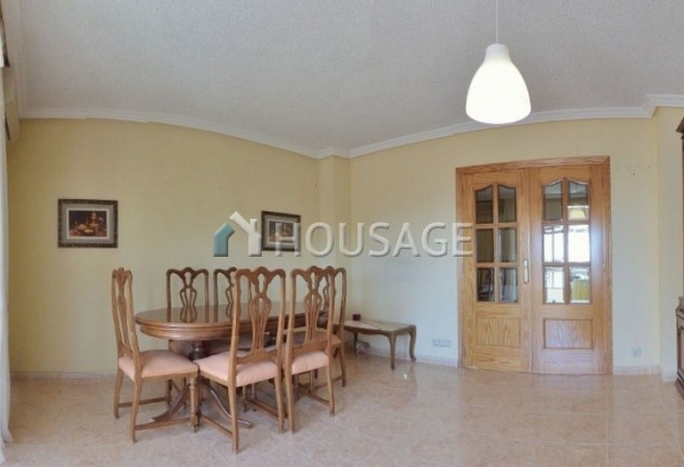 3 bed apartment for sale in El-Campello, Spain, 80 m² - photo 2