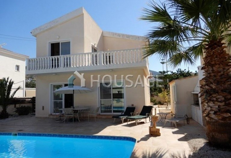 3 bed villa for sale in Pegeia, Pafos, Cyprus, 140 m² - photo 1