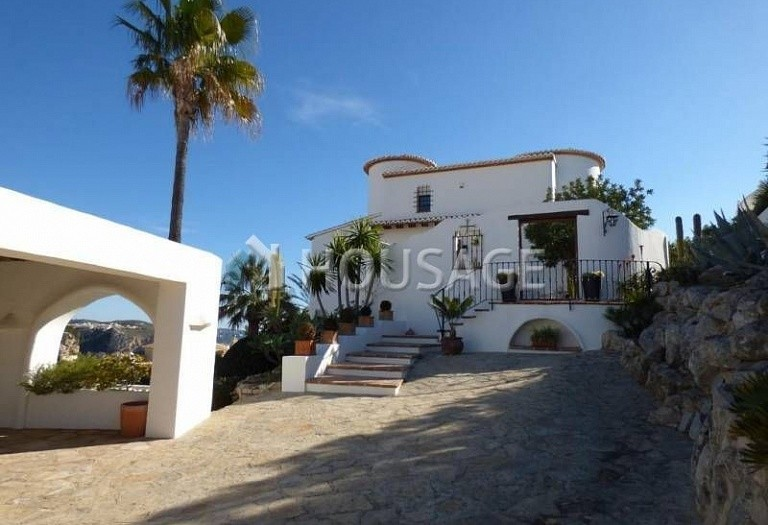 3 bed villa for sale in Benitachell, Benitachell, Spain, 240 m² - photo 4