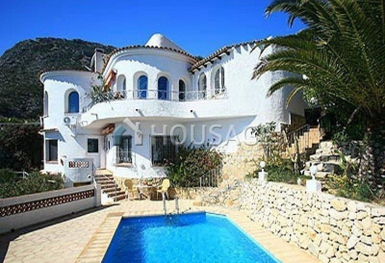 5 bed villa for sale in Calpe, Calpe, Spain, 600 m² - photo 1