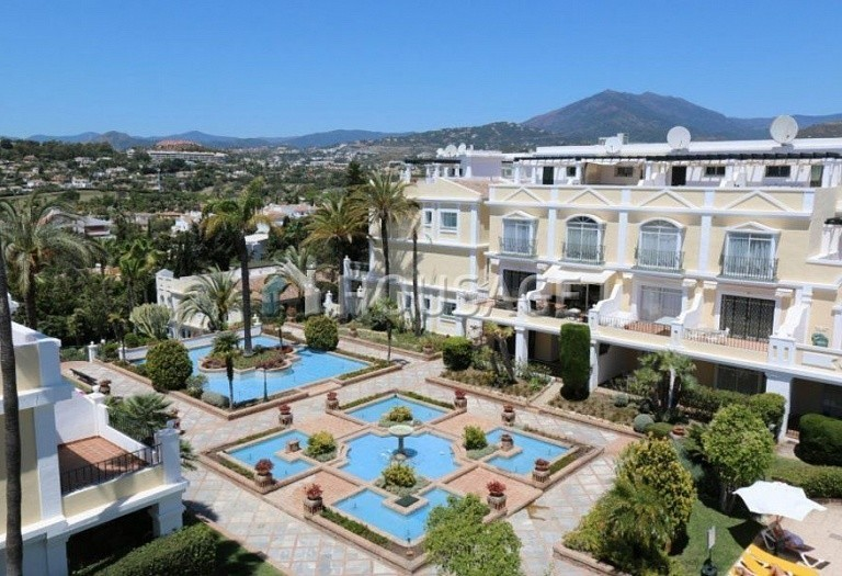 Flat for sale in Nueva Andalucia, Marbella, Spain, 157 m² - photo 9