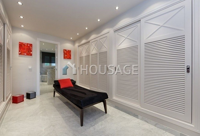Flat for sale in Puerto Banus, Marbella, Spain, 431 m² - photo 6
