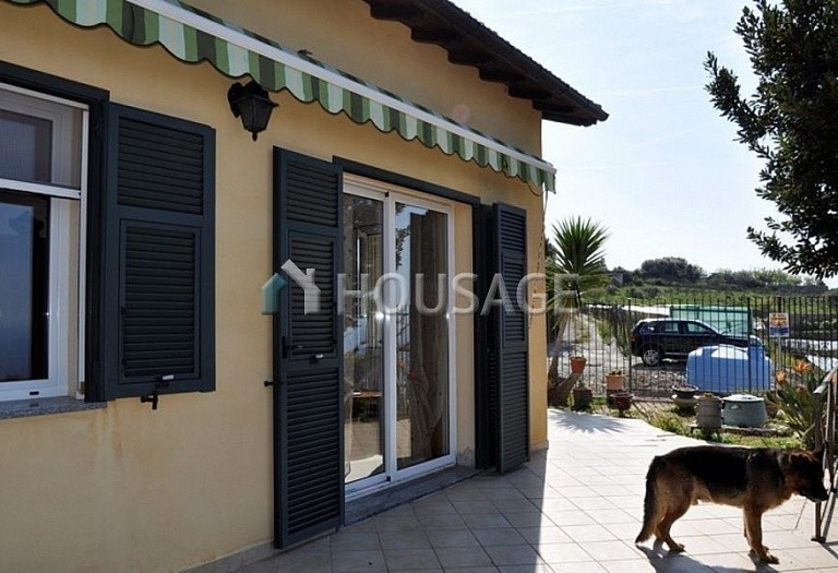 3 bed villa for sale in Bordighera, Italy, 170 m² - photo 4