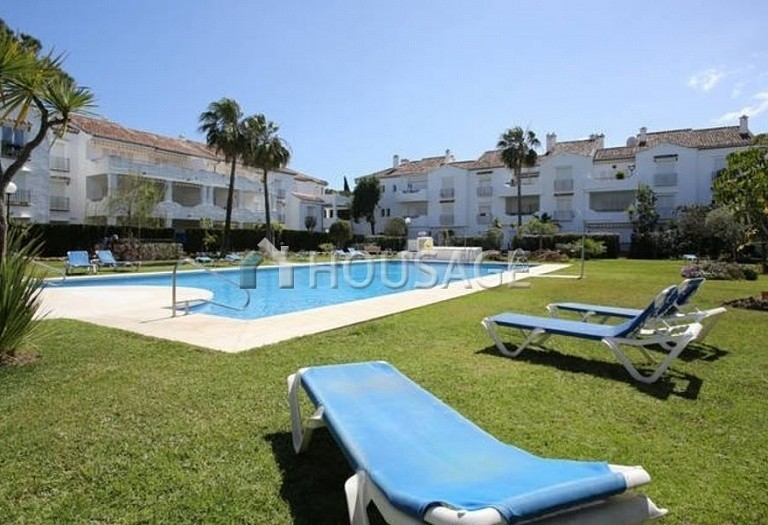 Flat for sale in New Golden Mile, Estepona, Spain, 196 m² - photo 8