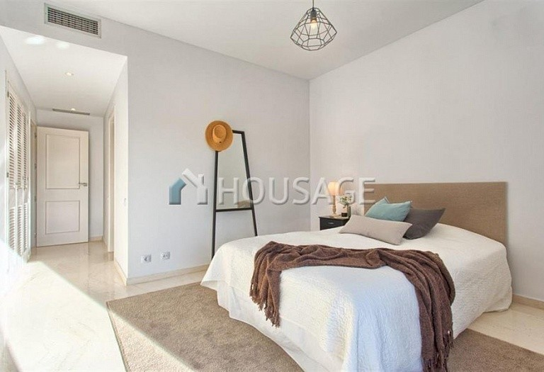 Apartment for sale in Benahavis, Spain, 192 m² - photo 12
