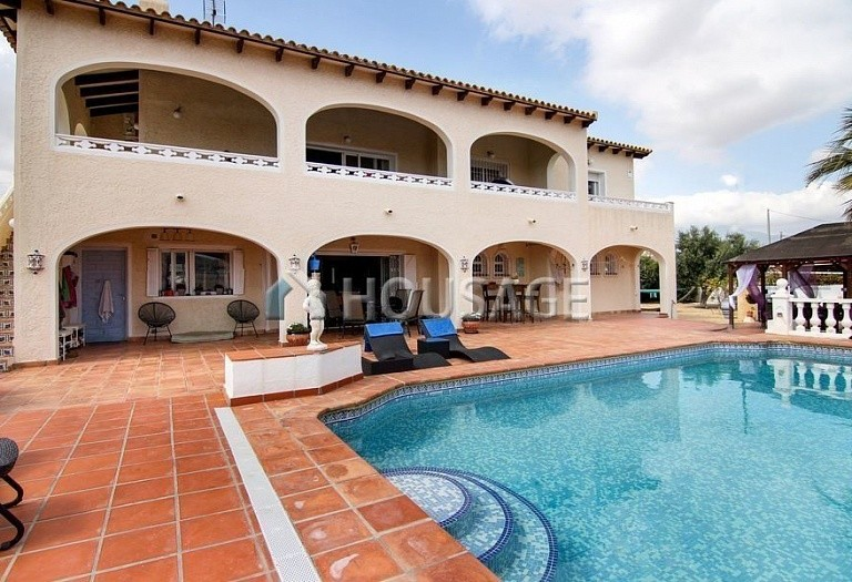 5 bed villa for sale in Alfaz del Pi, Spain, 320 m² - photo 1