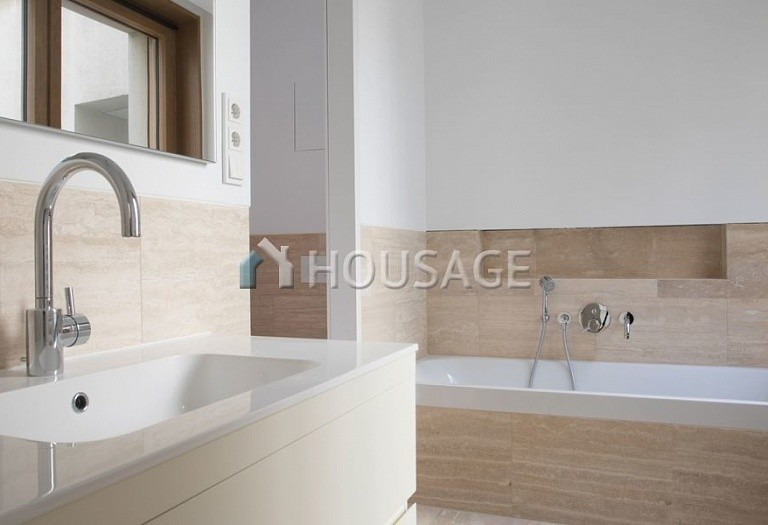 3 bed apartment for sale in Mitte, Berlin, Germany, 98 m² - photo 3