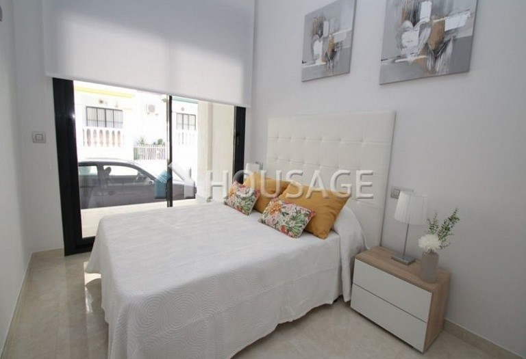2 bed apartment for sale in Torrevieja, Spain, 53 m² - photo 7