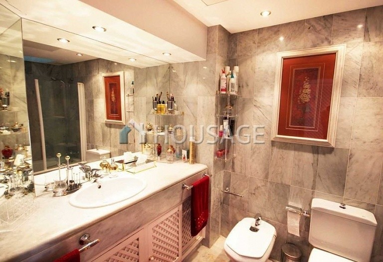 Townhouse for sale in Marbella, Spain, 234 m² - photo 10