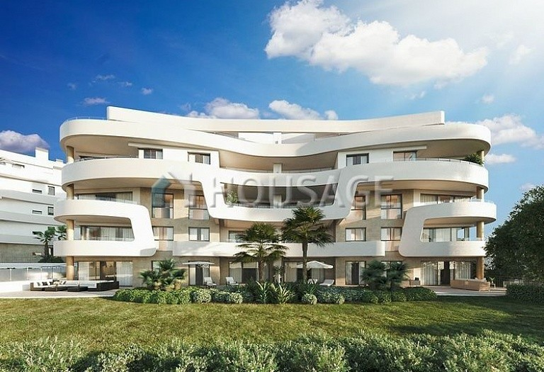 3 bed flat for sale in Mijas, Spain, 102 m² - photo 2