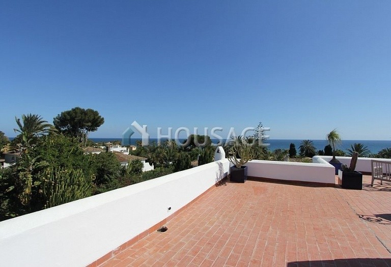 Villa for sale in Los Monteros, Marbella, Spain, 494 m² - photo 19