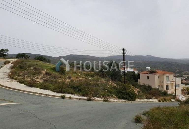 Land for sale in Pegeia, Pafos, Cyprus, 292 m² - photo 1