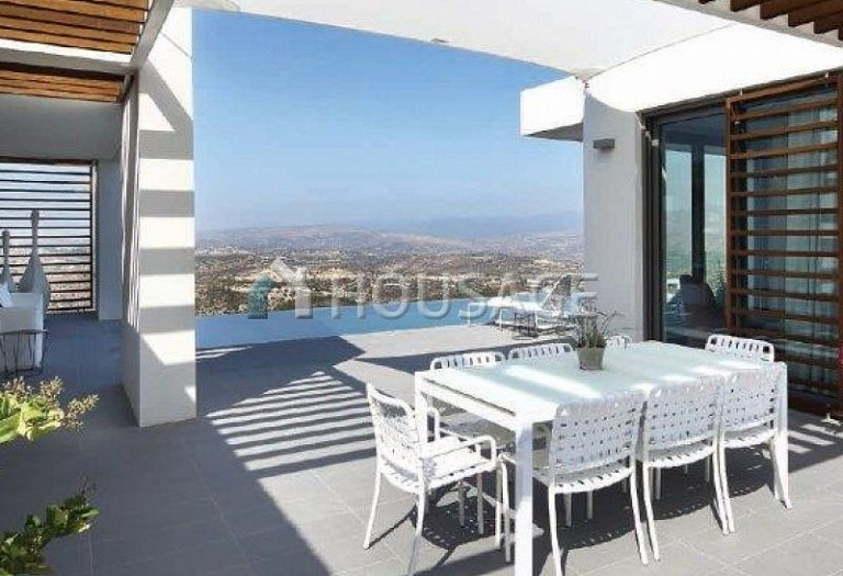 3 bed villa for sale in Minthis Hills, Pafos, Cyprus, 360 m² - photo 1