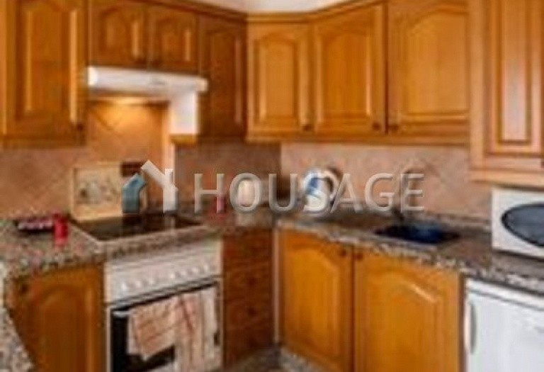 2 bed apartment for sale in Arona, Spain - photo 3
